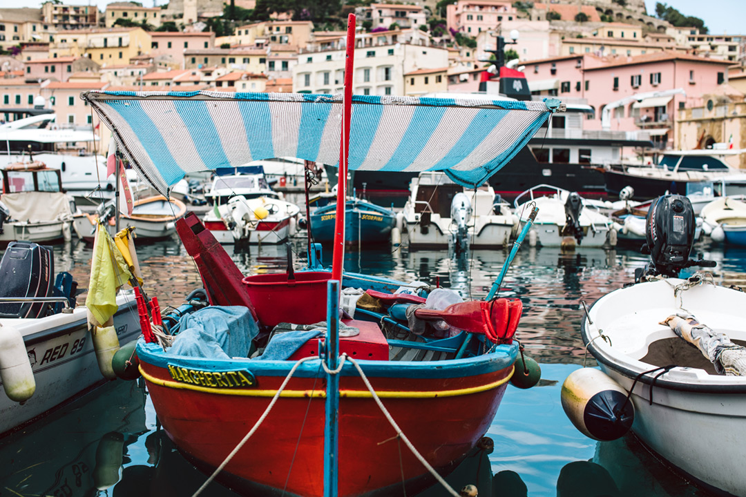 The Sea in a dish: the Medicean marina and Portoferraio quays